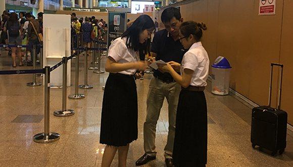中國駐泰使館安排志願者國慶期間為中國遊客提供協助