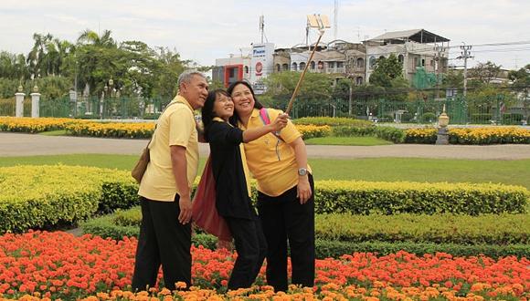 泰國父親節 各地紀念先王普密蓬